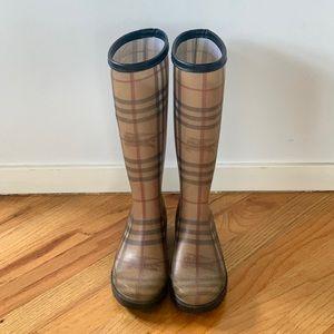 Burberry Rainboots sz 5